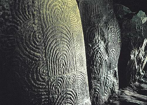 Гравировка на камнях Ньюгранджа