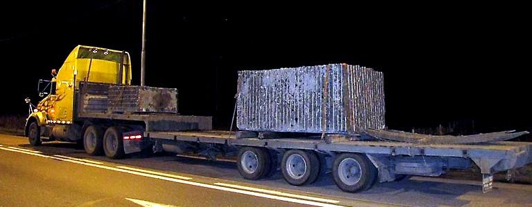 перевозка каменных блоков