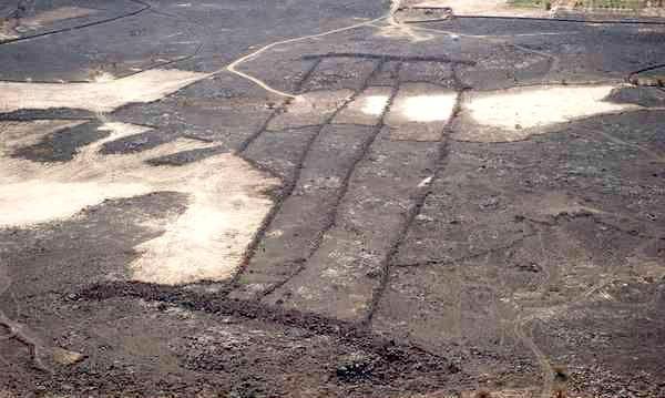 аравийские геоглифы ворота