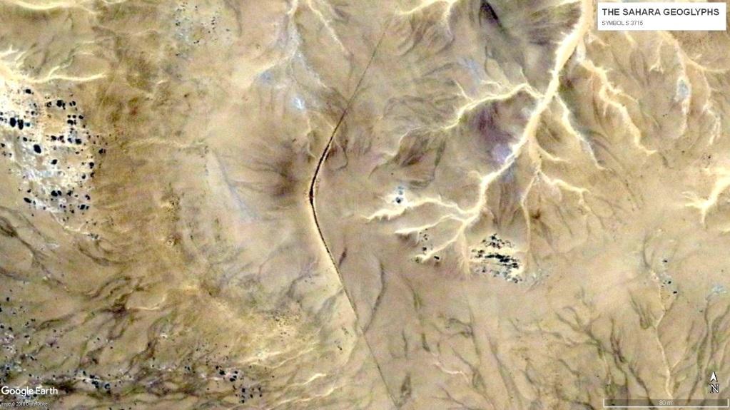 геоглифы Сахары Геоглиф S 3715. Периметр 1 км