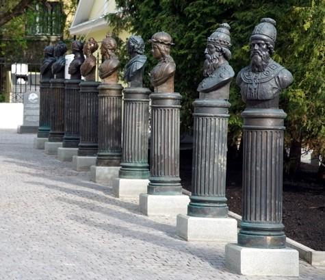 «Аллея правителей» в Москве