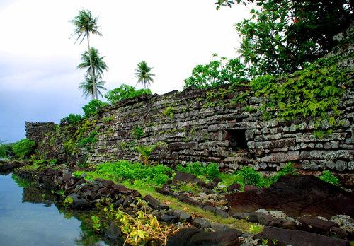 руины Нан Мадола